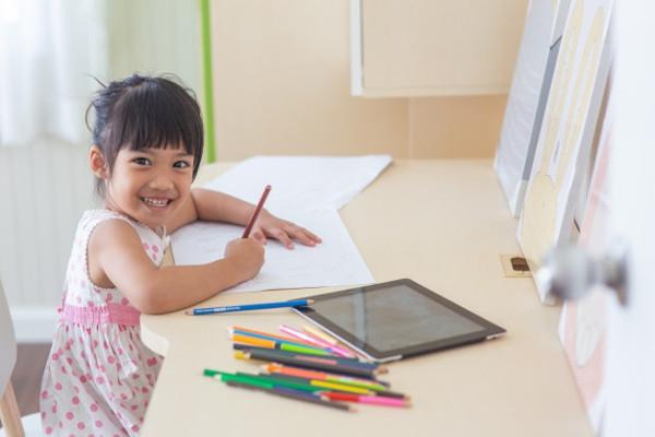 Homeschooling atau Sekolah Biasa, Pilih Mana?