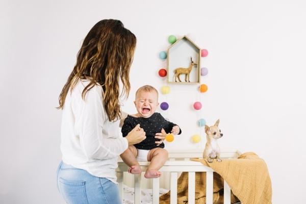 8 Penyebab Bayi Menangis