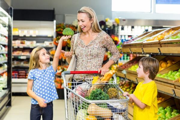 Repot Membawa Anak ke Supermarket? Lakukan 10 Hal Ini