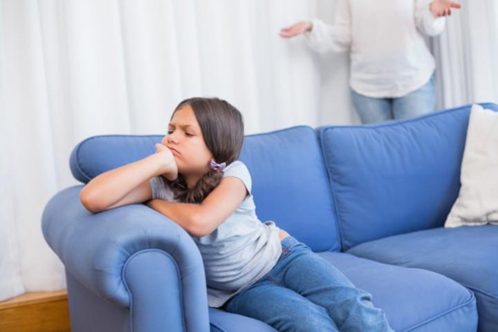 Cara Tepat Mengatasi Balita yang Suka Melawan Orang Tua