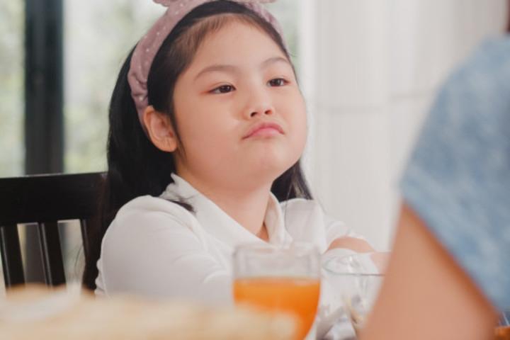 7 Cara Ajarkan Anak untuk Tidak Setuju dengan Baik dan Sopan