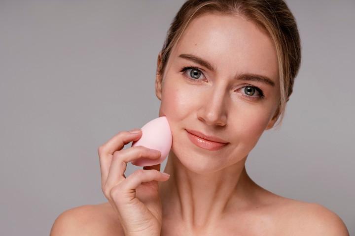 Makin Cantik! Intip Rekomendasi Beauty Blender Lokal untuk Anda