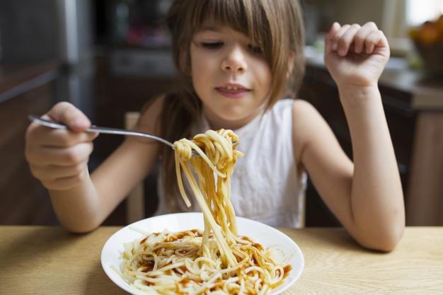Moms, Ini Cara Membuat Anak Menjadi Si Happy Eater