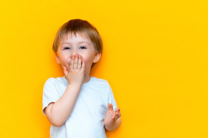 Anak Suka Bicara Kotor? Ini 7 Cara Bijak Mengatasinya