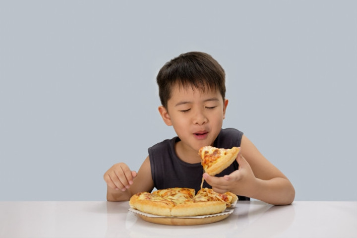 Waspadai Sindrom Tak Sadar Makan saat Tidur Pulas!