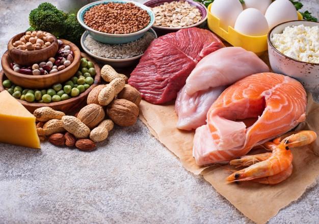 Ini Beda Karakter Nutrisi Daging Sapi dan Daging Ayam