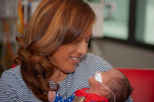 Ibu Ini Tinggalkan Bayi 6 Minggu Karena Kanker Serviks