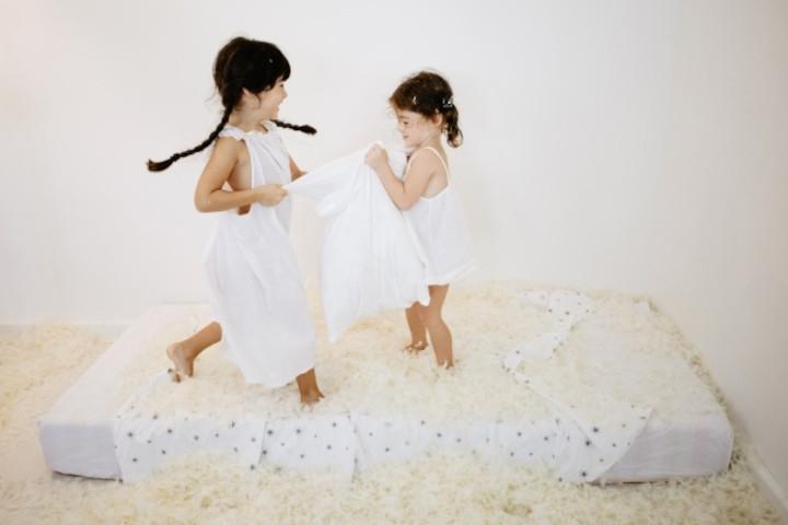 Cara Mengajarkan Anak agar Mau Mengalah pada Orang Lain