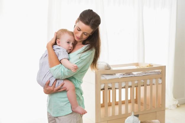 Cara Mengatasi Bayi yang Sulit BAB pada Masa MPASI
