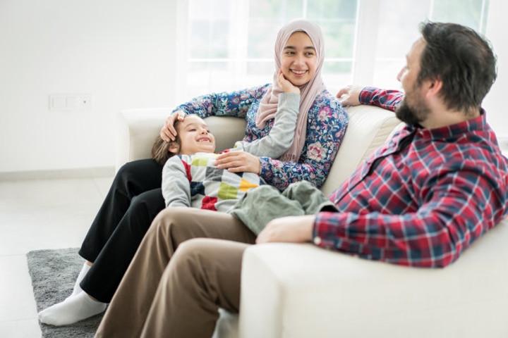 9 Hak Anak yang Harus Dipenuhi Orang Tua Menurut Islam