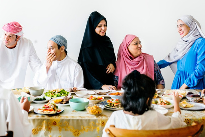 Tips Menyantap Hidangan Lebaran bagi Ibu Hamil