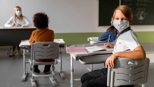 Tips Anti Cemas Melepas Anak saat Pembelajaran Tatap Muka