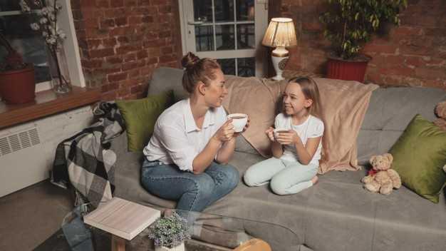 12 kata Powerful untuk Memudahkan Orang Tua Bicara pada Anak