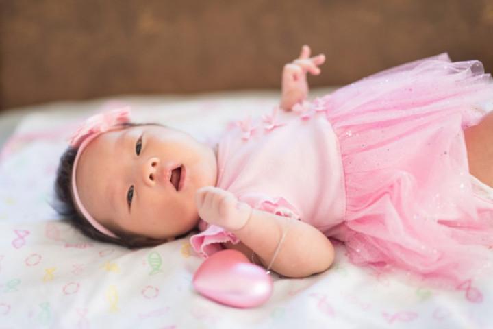 Bolehkah Memakaikan Perhiasan Emas pada Bayi?