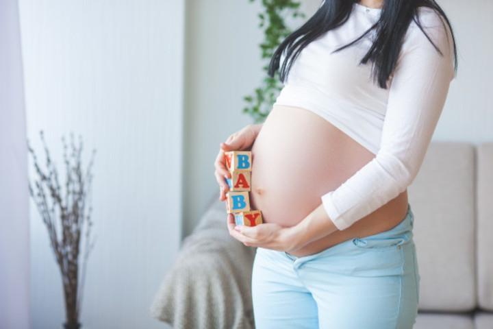 Ukuran Perut Ibu Hamil Kecil, Bahayakah bagi Janin?