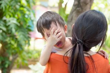 10 Kalimat yang Bisa Tenangkan Anak saat Marah atau Tantrum
