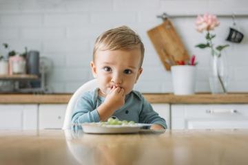 8 Makanan yang Tidak Boleh Diberikan untuk MPASI Bayi