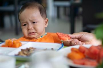 Anak Susah Makan? Waspadai Infantile Anorexia, Moms!