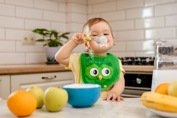 5 Bahan MPASI yang Sering Bikin Bayi Kembung