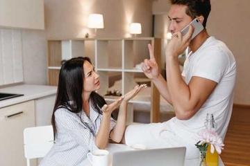 Punya Pasangan yang Gila Kerja? Ini Tips Jitu Mengatasinya
